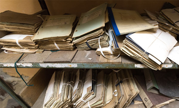 Document Recovery Services -Old Documents | Iron Mountain