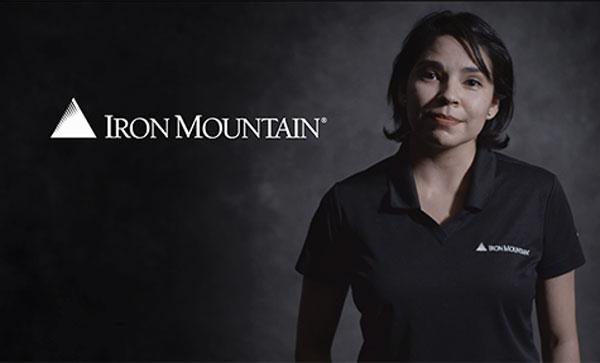 Inclusion & Diversity at Iron Mountain -lady Smiling | Iron Mountain