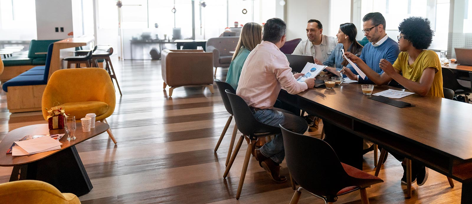 clean-start-banner-people-sitting-at-desk-in-clean-office